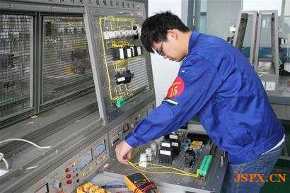南京电工证复审_电工证年审在哪里?